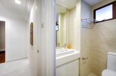 PWV-bathroom2